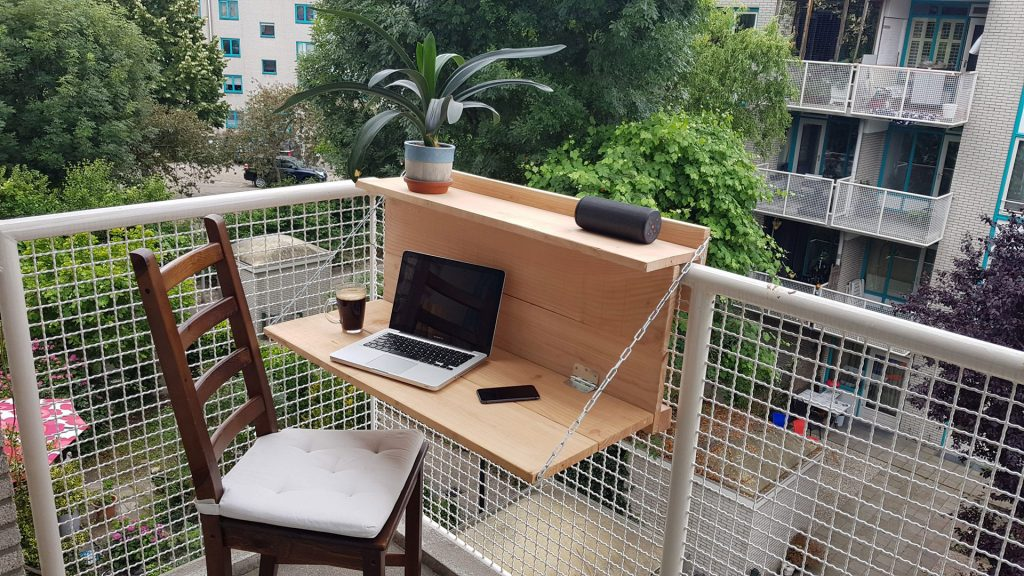 Opklappert als balkontafel